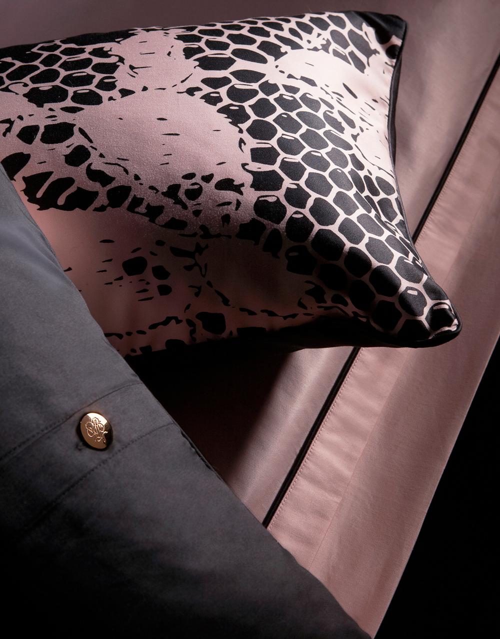 Rosé Details Kissen