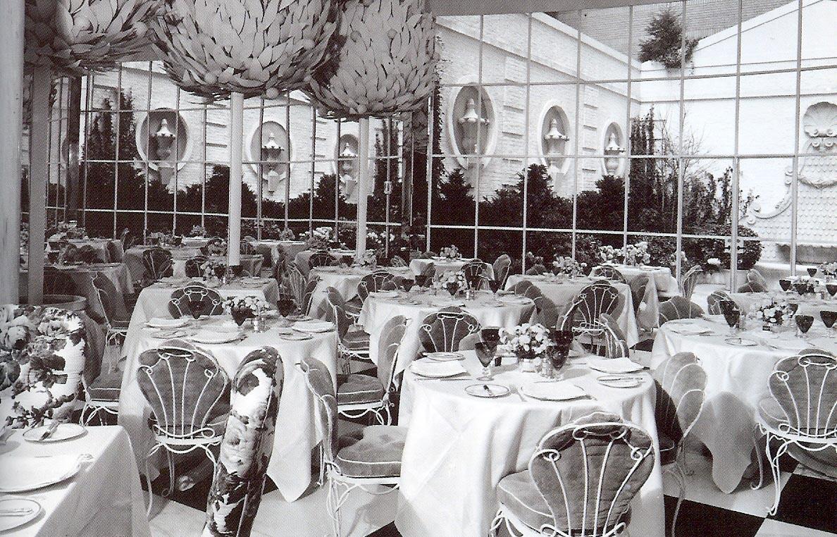 Hampshire House garden Restaurant