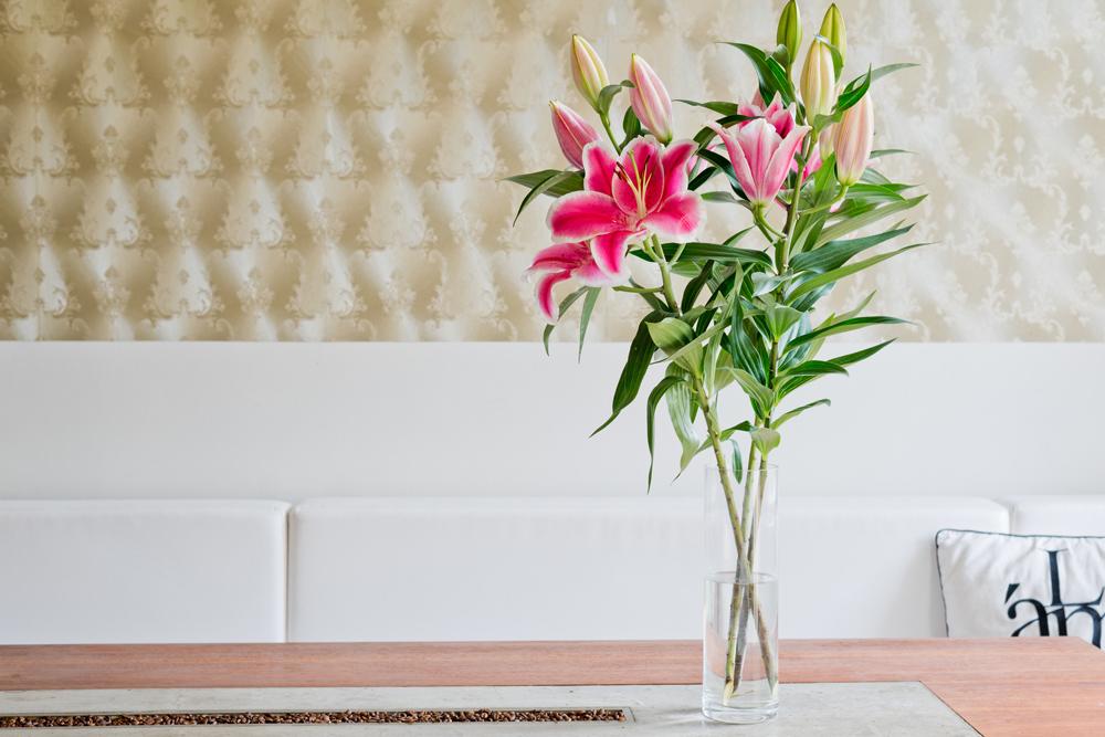 Berliner Küche mit Lilien