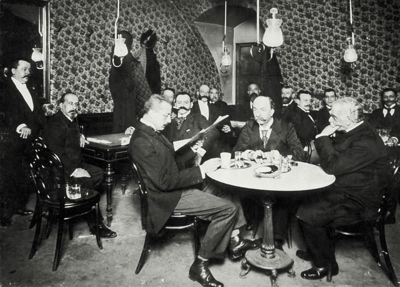 Wiener Kaffeehauskultur Männer Künstlerzimmer