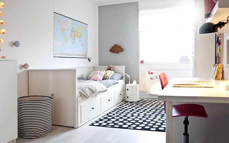 butiksofie Kinderzimmer Bett Schreibtisch