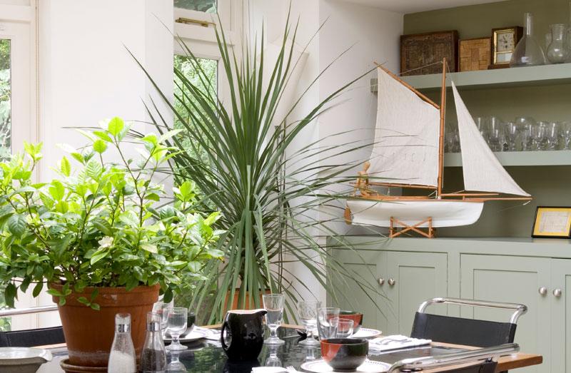 Sebastian Conran Segelschiff auf Küchenzeile