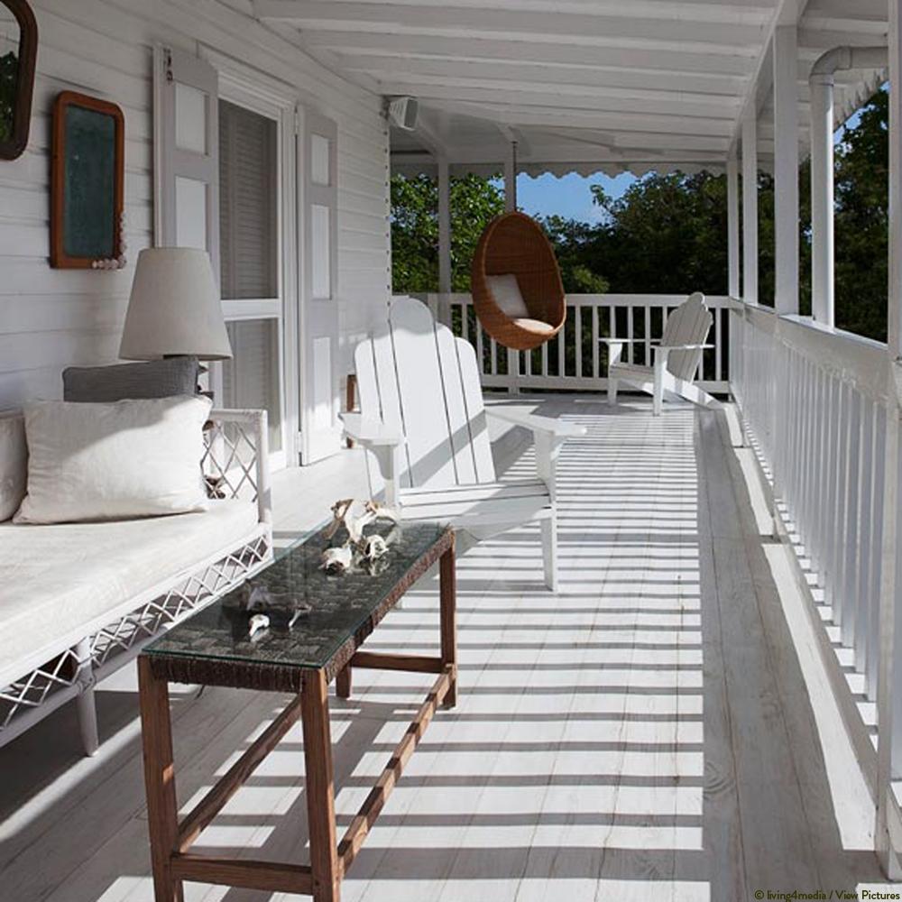 Veranda in Weiß