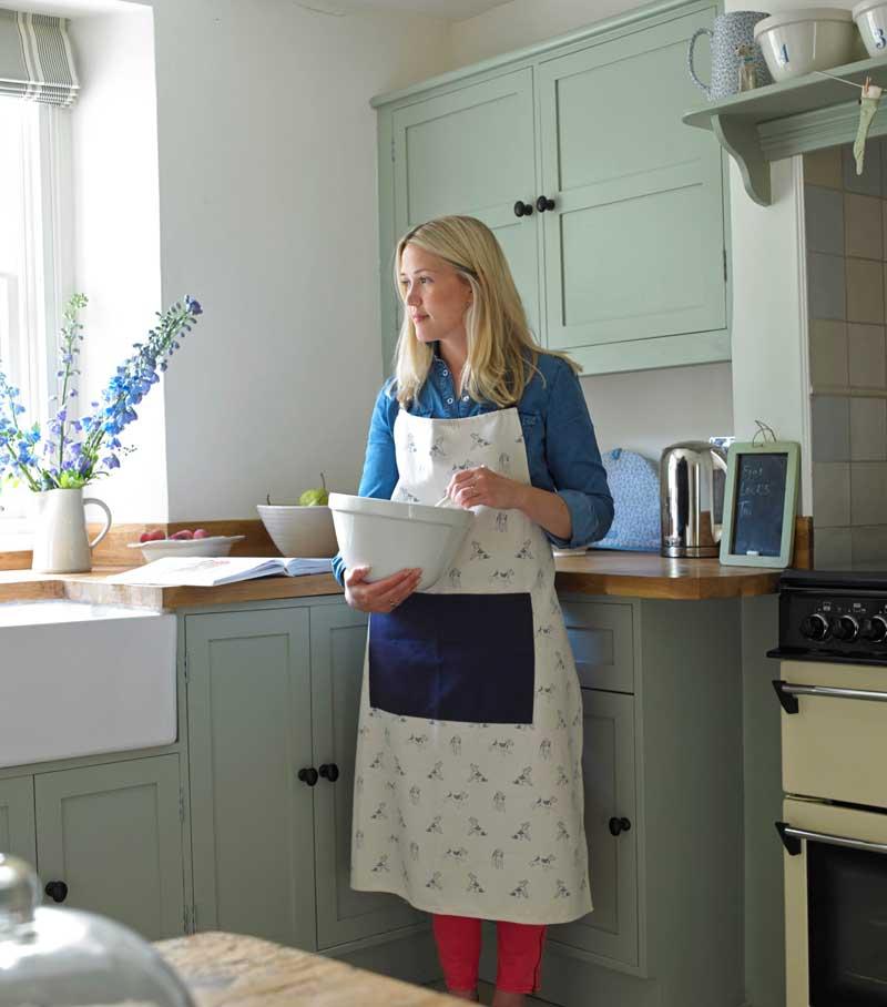 Landhaus-Charme Küche Vicky White kocht
