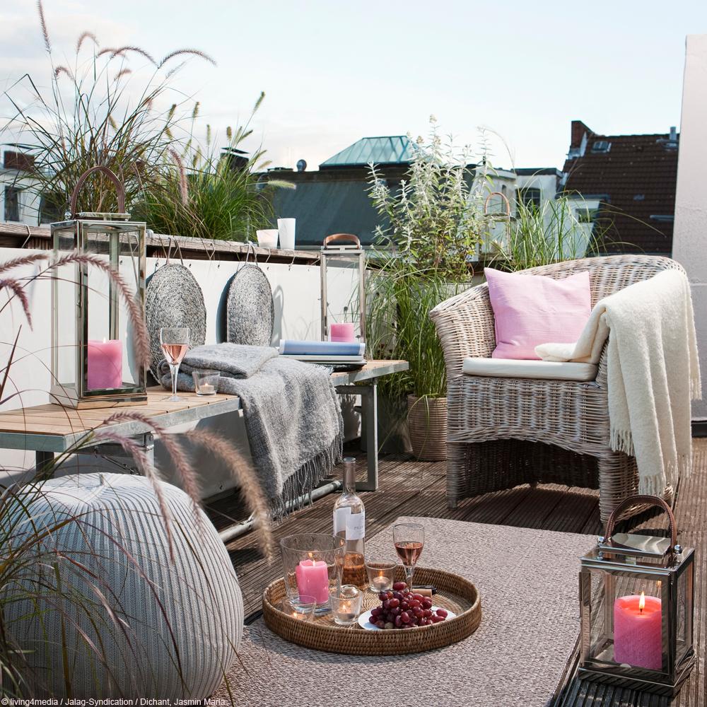 dachterrasse mit wohlf hlfaktor westwing magazin. Black Bedroom Furniture Sets. Home Design Ideas
