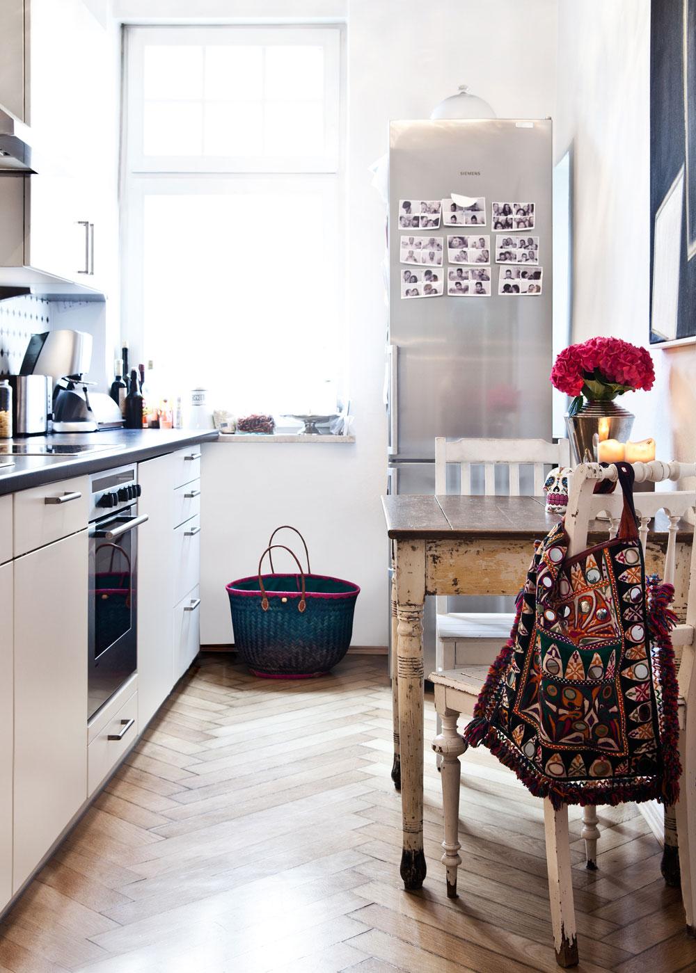 Kleine Küche mit Boho Elementen