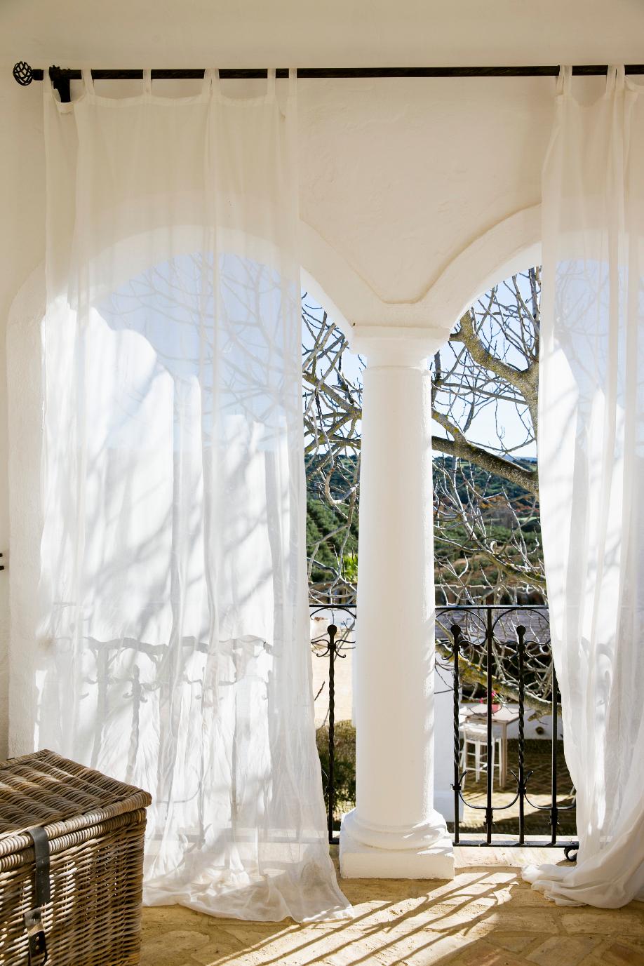 westwing-weiß-vorhang