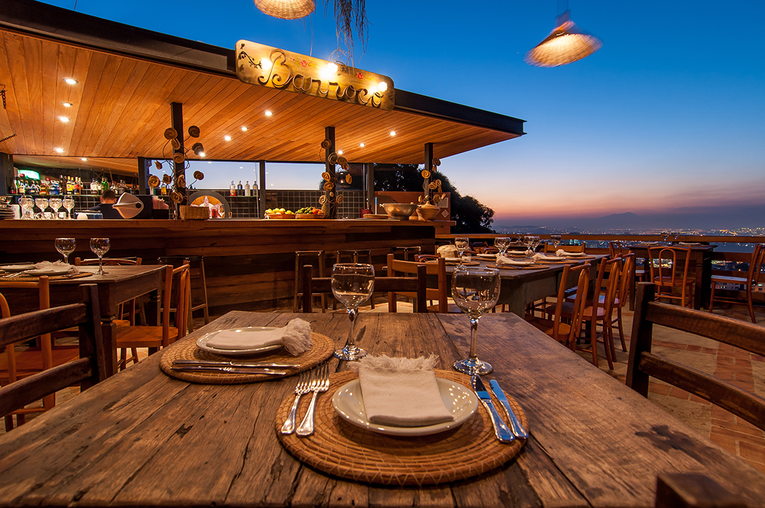 westwing-santa-teresa-restaurant-tisch