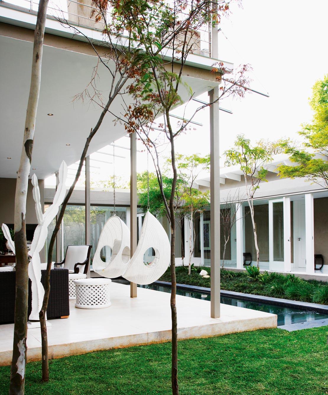 h ngesessel der neue interior trend mehr im westwing. Black Bedroom Furniture Sets. Home Design Ideas
