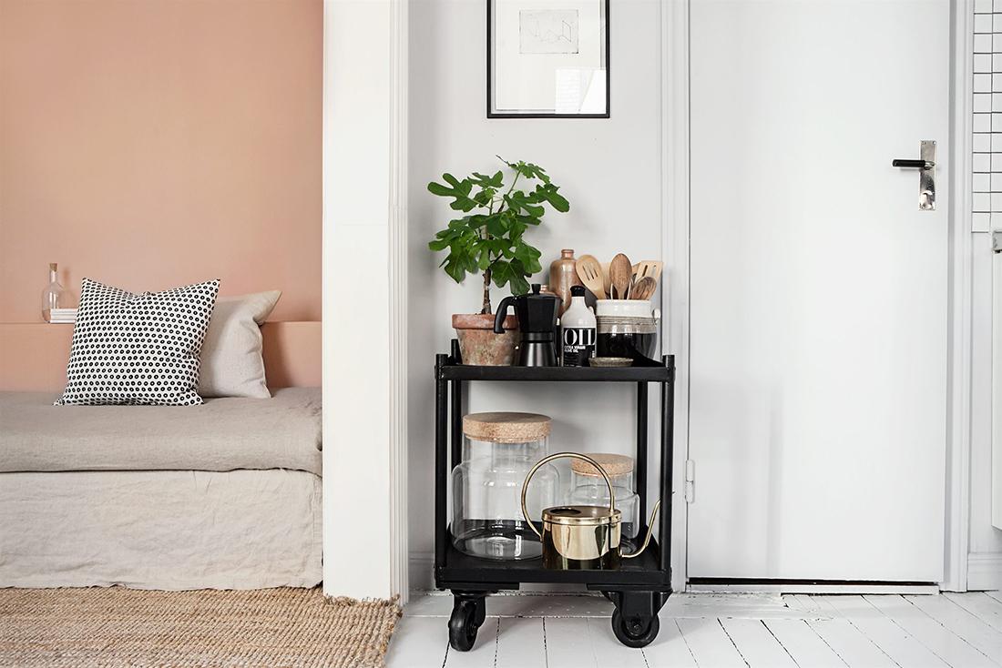 emma-wallmen-wohnzimmer-mit-couch