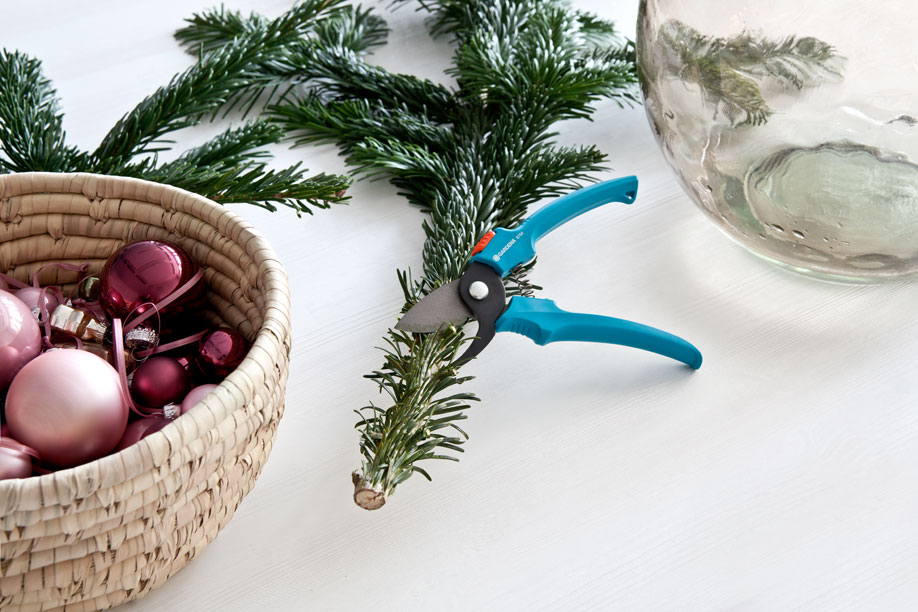 Weihnachtsb ume f r kleine r ume westwing magazin for Decorare stanza natale