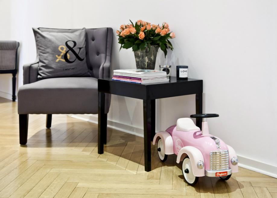 westwing-hausbesuch-stephanie-Spielzeugauto