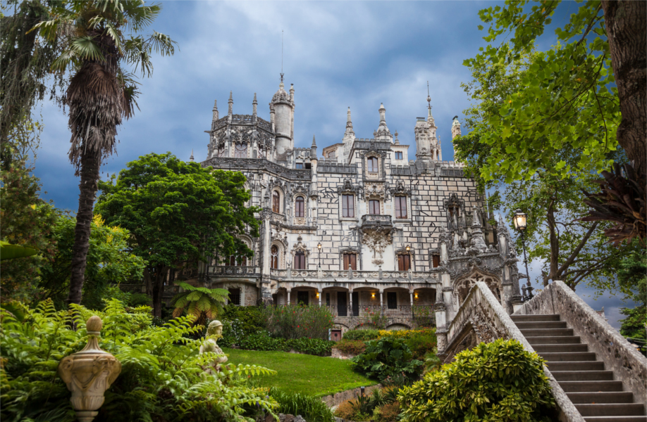 westwing-5-must-sees-in-portugal-schloss