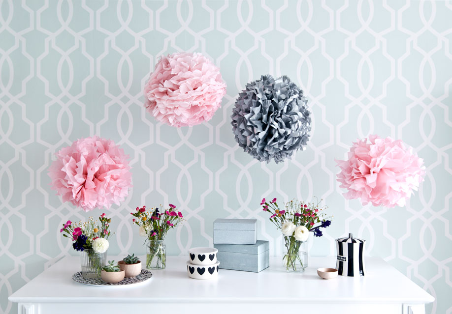 Westwing-DIY-Pompoms-Buffet
