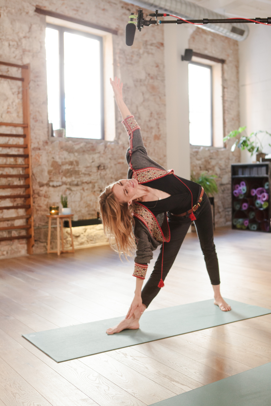 westwing-veronica-blume-yoga-position