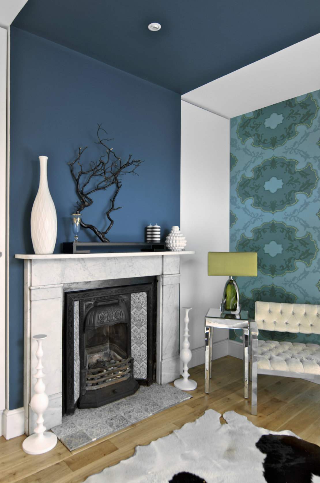 blau-ofen-wohnzimmer