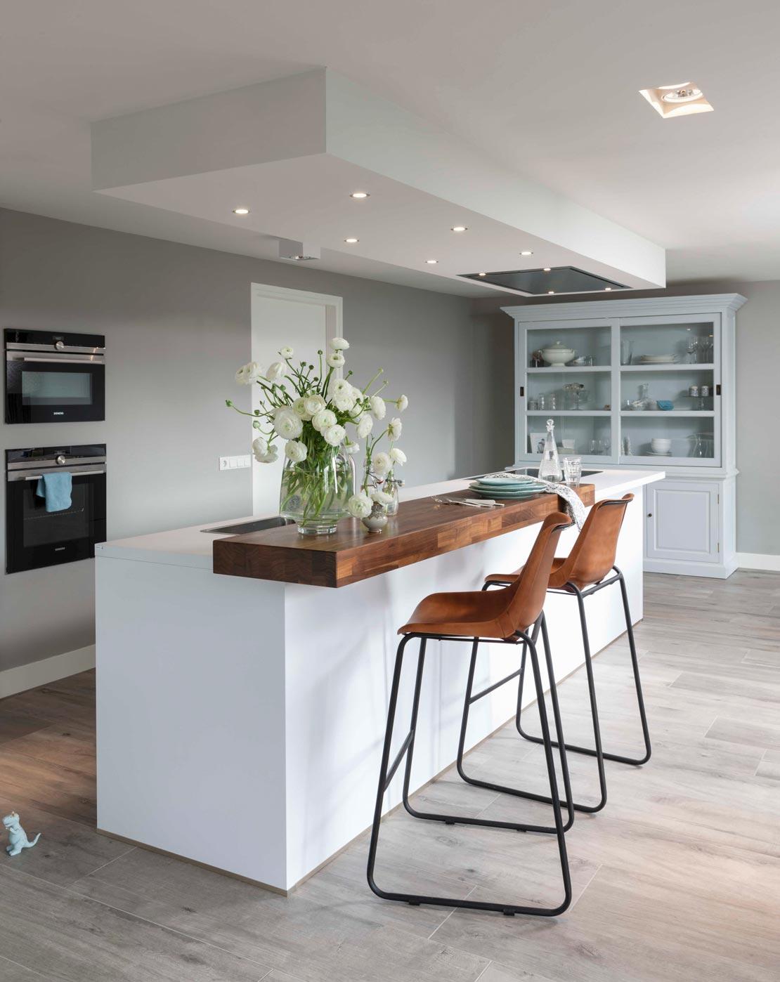 mehr stauraum schaffen 7 tipps jetzt im westwing magazin. Black Bedroom Furniture Sets. Home Design Ideas