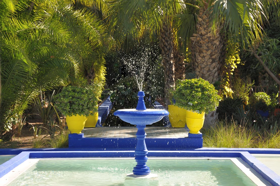 westwing-jardin-majorelle-blauer-brunnen