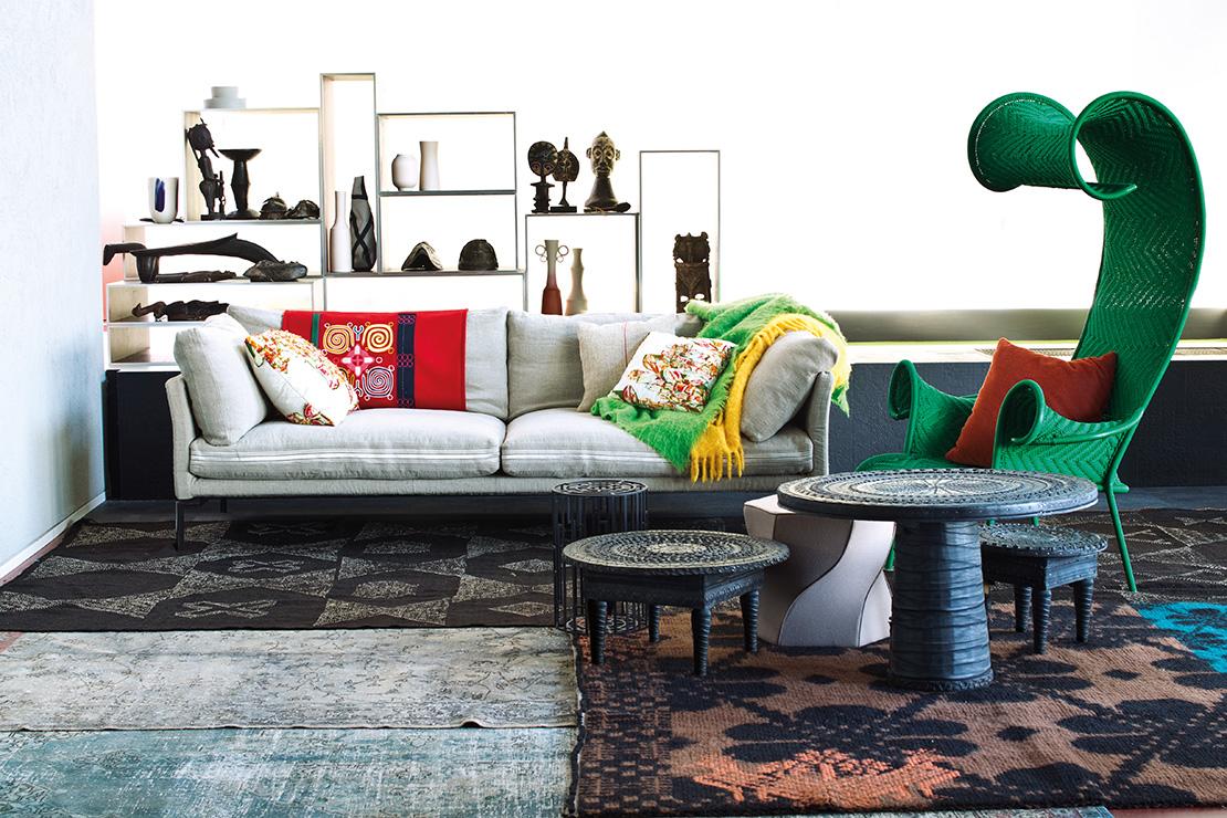 moroso-designer-stuhl-gruen-und-couch