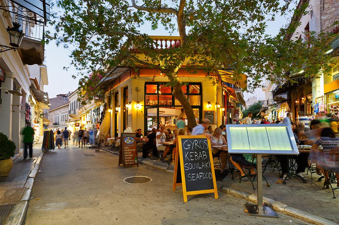 griechenland-nachtleben-mit-restaurants