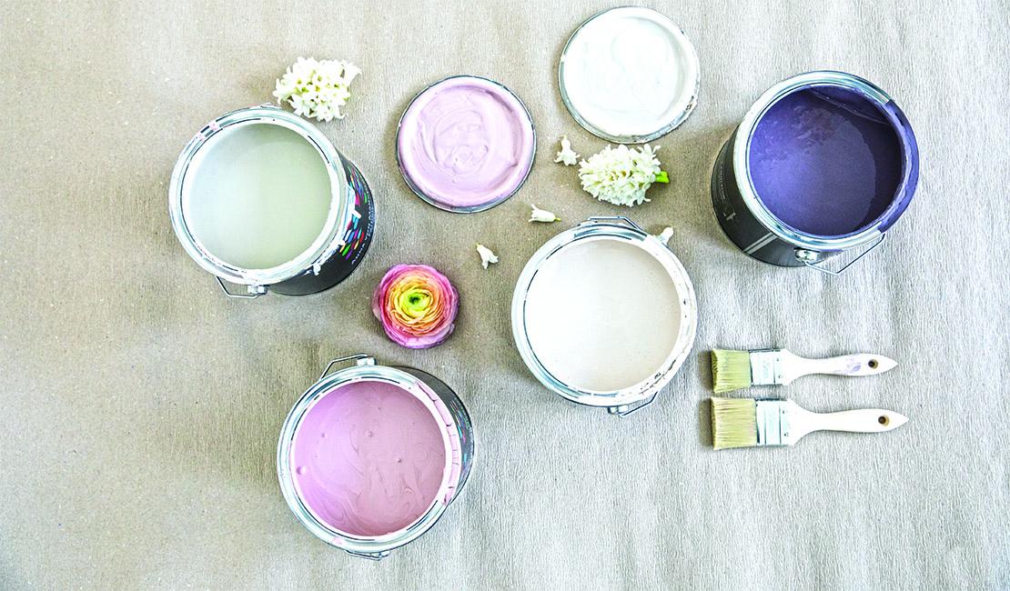 geometrisches-wandmuster-farbeimer