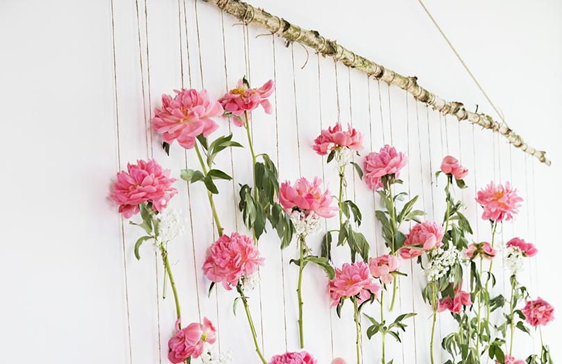 Ein Blickfang für jede Hochzeit: Der Florale Fotohintergrund