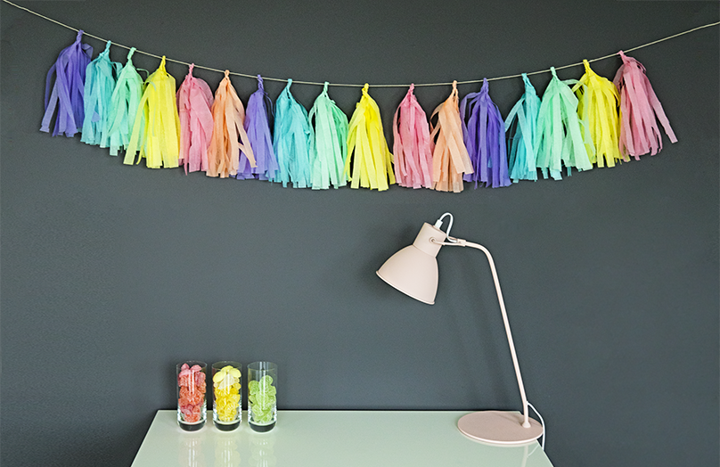 Follow the rainbow: Tassel-Girlande in Einhornfarben