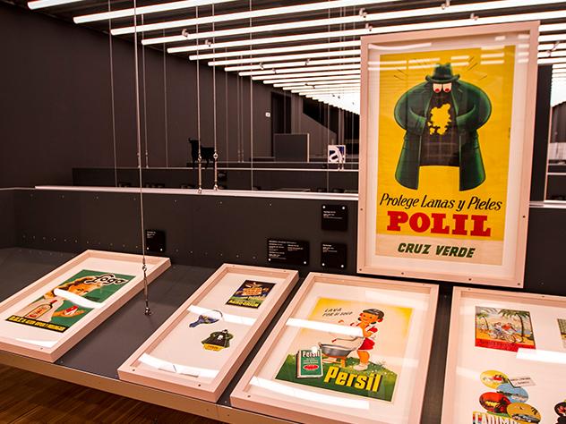 Cartel publicitario de Polil