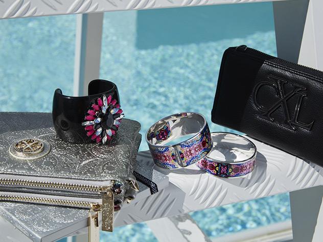 Chrsitian Lacroix lanza una colección de complementos para el verano.