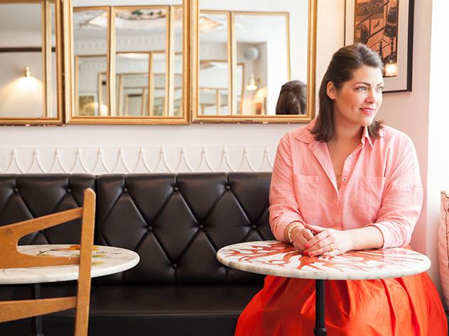 El Hotel du Temps es un hotel boutique situado en un entorno cálido y refinado y con un bar moderno en el que tomar un sabroso cóctel al final del día.