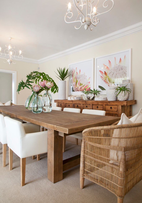 westwing-estilo-caribeño-mesa-madera-ratan
