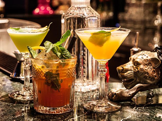 Las bebidas son igual de deliciosas que la decoración que ambienta el local.