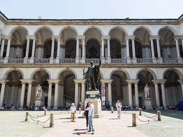 Patio del Palazzo de Brera.