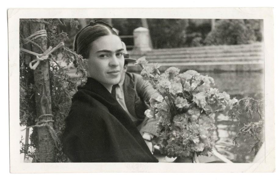 westwing-frida-kahlo-blancoynegro-foto