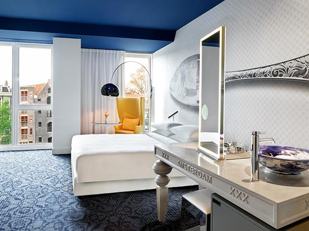 El hotel ha sido diseñado por Marcel Wanders,  ganador del Rotterdam Design Prize y uno de los interioristas más conocidos de Ámsterdam.