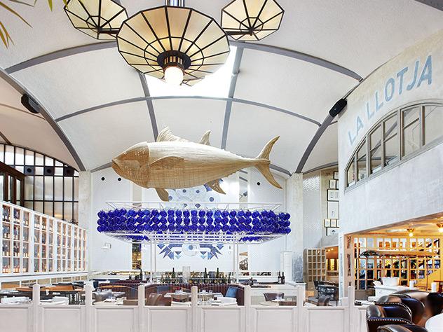 La Llotja es uno de los espacios especializado en pescado