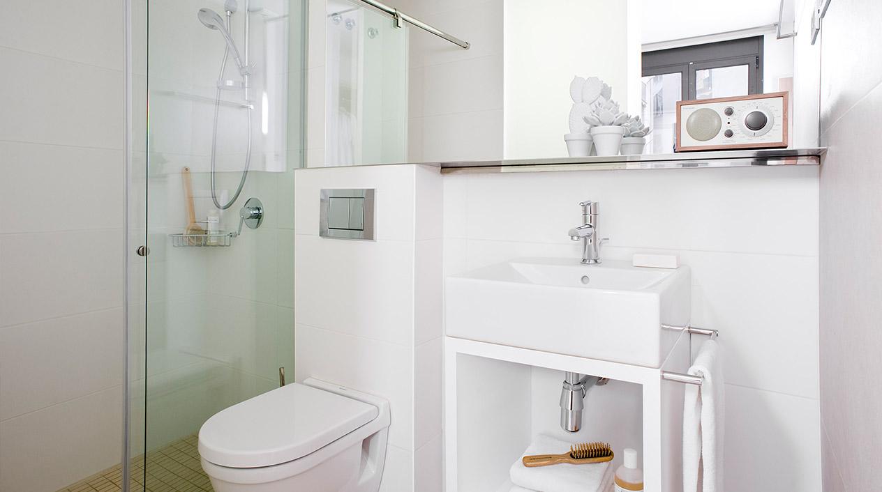 Muebles De Baño Westwing: de los apartamentos de Eric Vökel presumen de paredes y muebles de un
