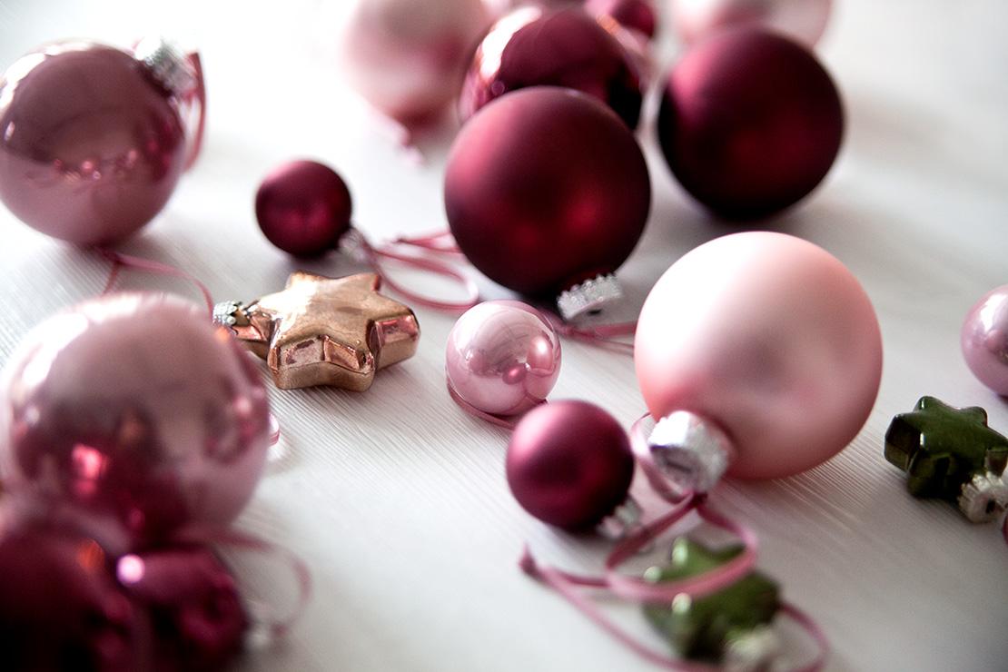 5 cosas que planear antes de Navidad adornos
