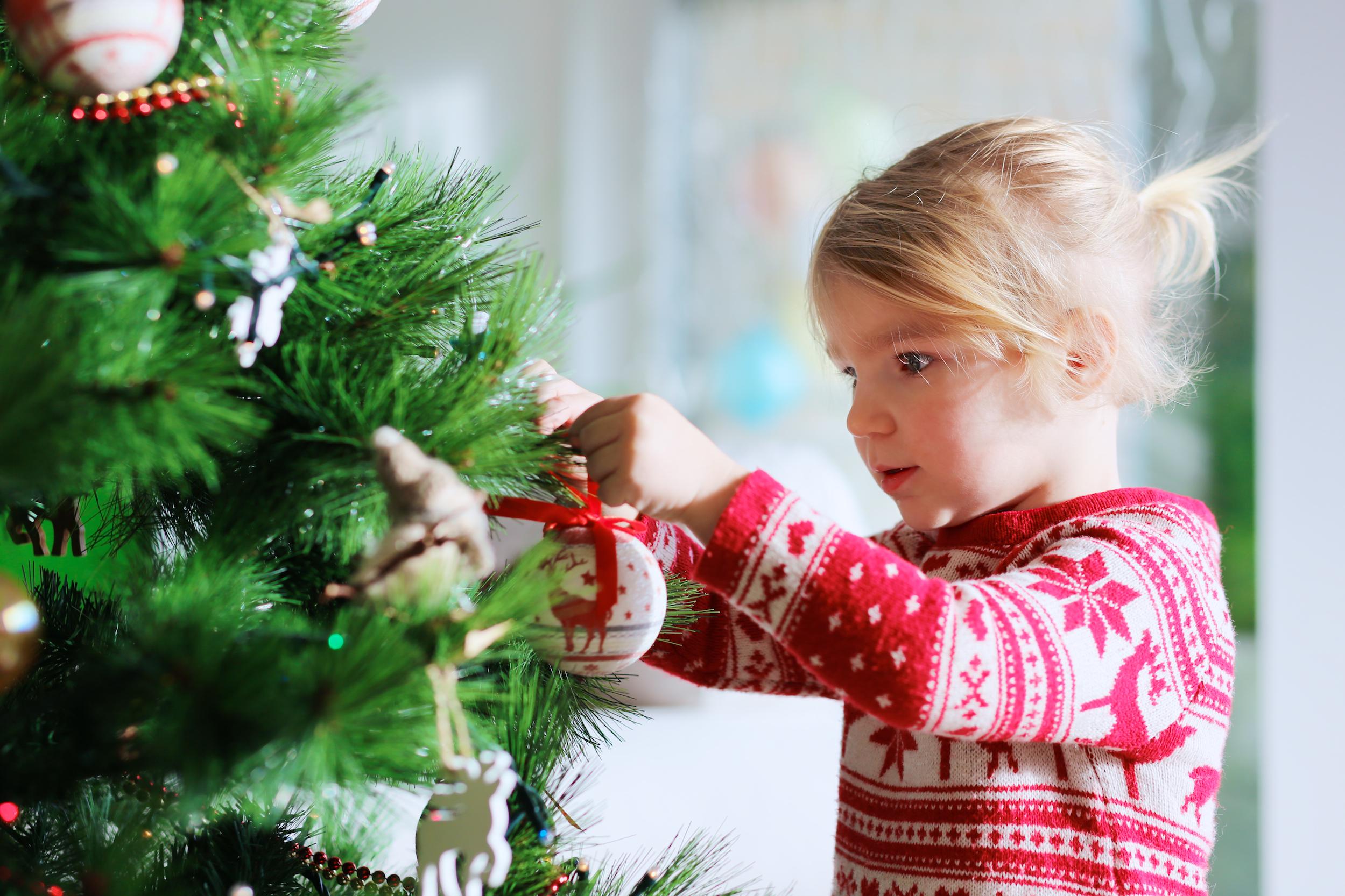 decorar el árbol de navidad westwing magazine