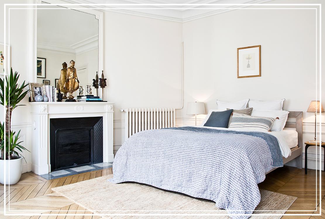 dormitorio de un piso en Le Marais