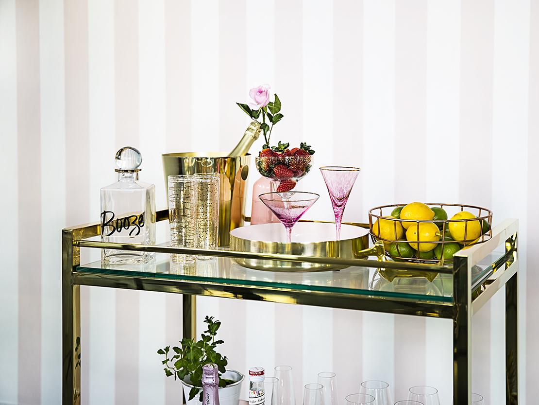 decorar el mueble bar grily