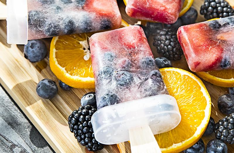 Polos con fruta fresca