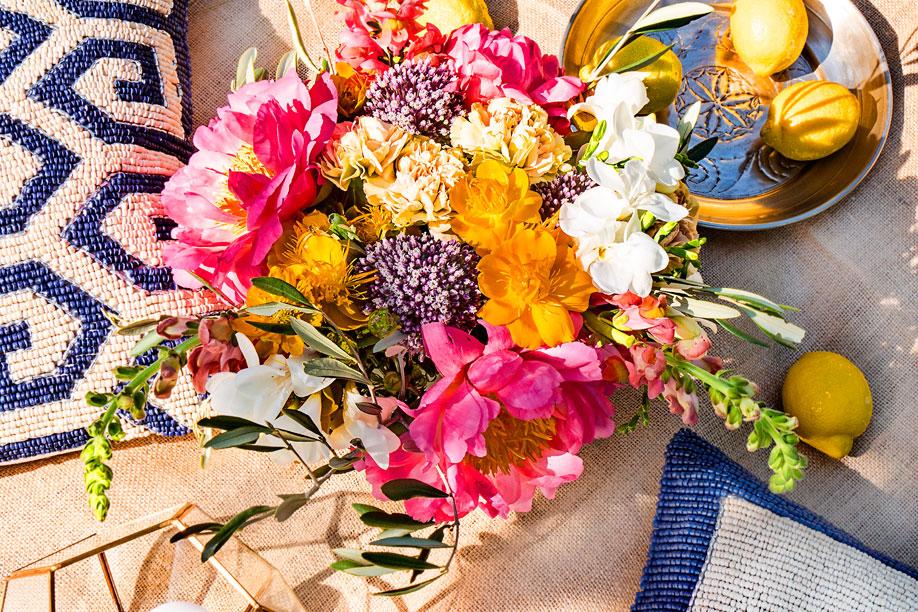 Le bouquet du mois de juin bohème et coloré