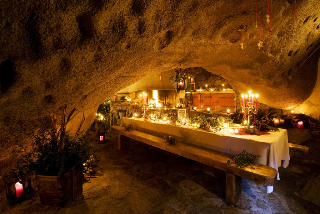 Grotto-Restaurant-(11)