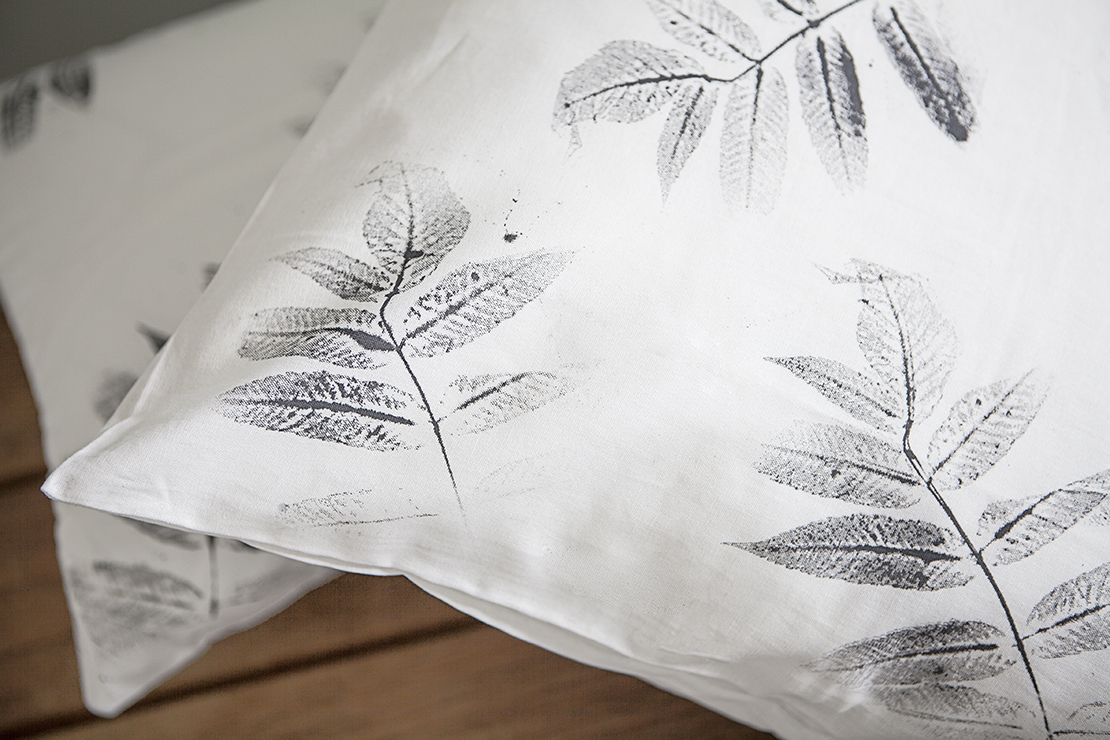 taies d'oreiller motifs feuilles DIY