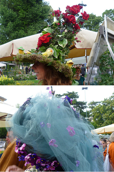 fiori su cappellini