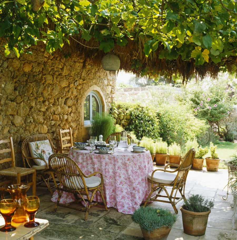 Provenza affresco country westwing magazine for Patio arredamenti