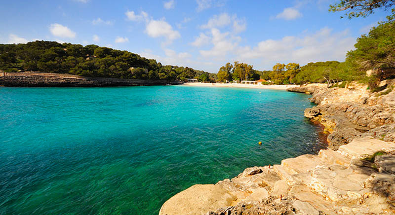 Dichiarata Parco Naturale nel 1992, è uno tra gli angoli più incantevoli di Maiorca. Si trova a sud, tra basse scogliere e un mare trasparente.