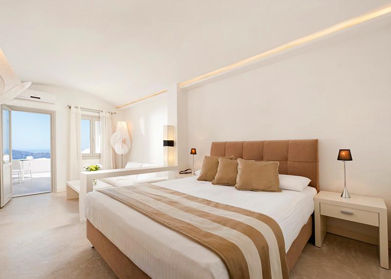 Santorini-Imeorvigli Galaxy Suites 2
