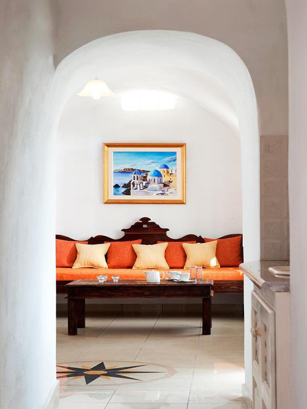 Santorini-Imerovigli-Galaxy Suites